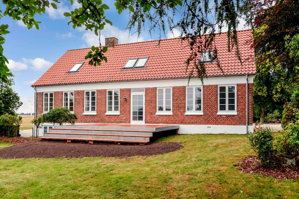 Låsbyvej 61 Skanderborg facade have