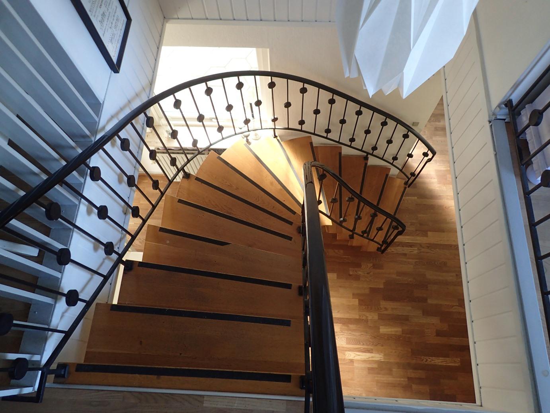 Industriområdet 2 hovedgård trappe